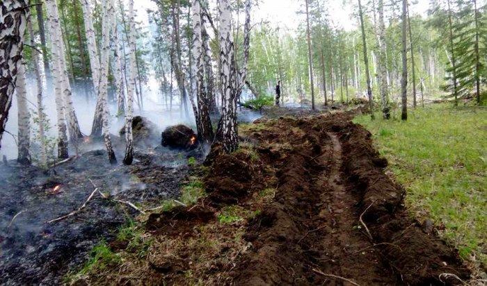 ВИркутской области продолжается борьба слесными пожарами