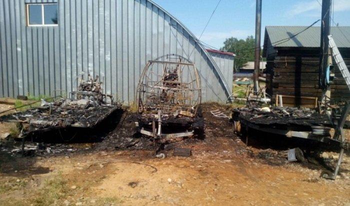 ВТайшете из-за короткого замыкания сгорели три аэролодки