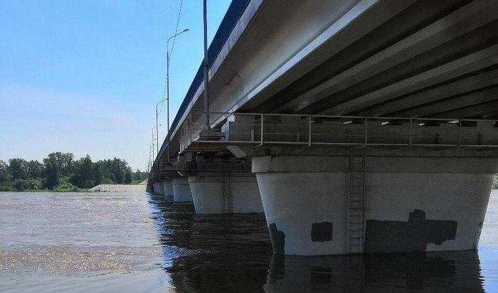 ВНижнеудинске снова открыли движение транспорта помосту