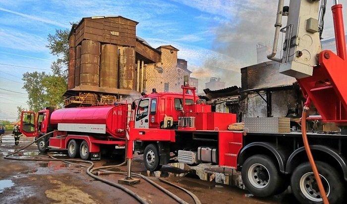 ВИркутске ночью горели склады хлебозавода