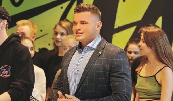 Кировский депутат обратился в полицию из-за мема  про ноготочки