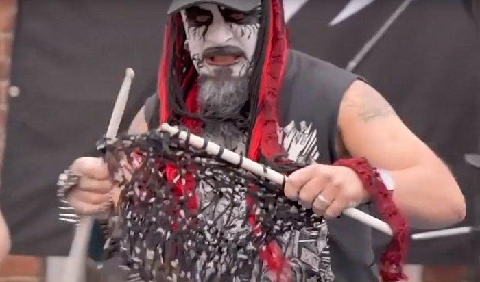 Японцы победили вчемпионате мира повязанию под хеви-метал (Видео)