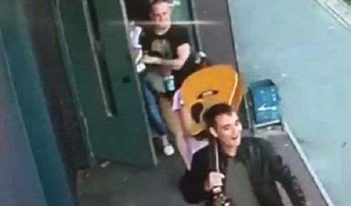 Случайные знакомые избара лихо лишили иркутянина гитары ипланшета (Видео)