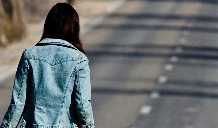 ВТулуне разыскивают мотоциклиста, сбившего девочку