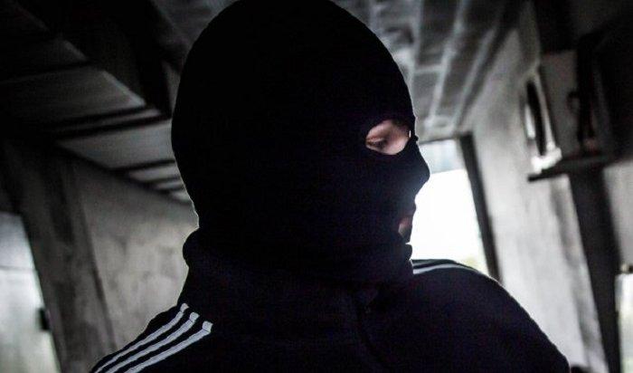 ВУсть-Илимске задержали разбойника сотверткой