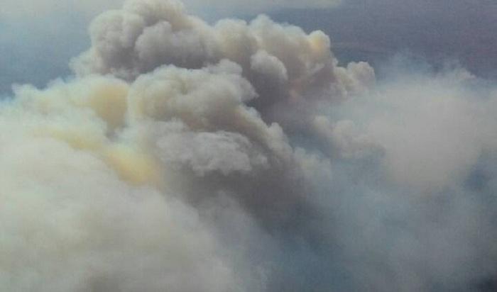 Дым отлесных пожаров вСибири накрыл Урал
