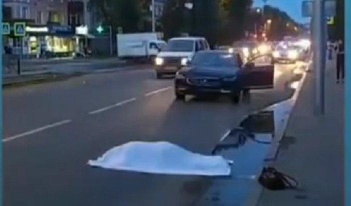72-летняя пенсионерка погибла под колесами Volvo в Иркутске (Видео)