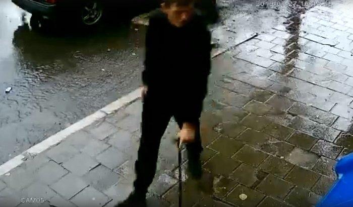 Парня стростью подозревают вкраже смартфона вСтудгородке (Видео)