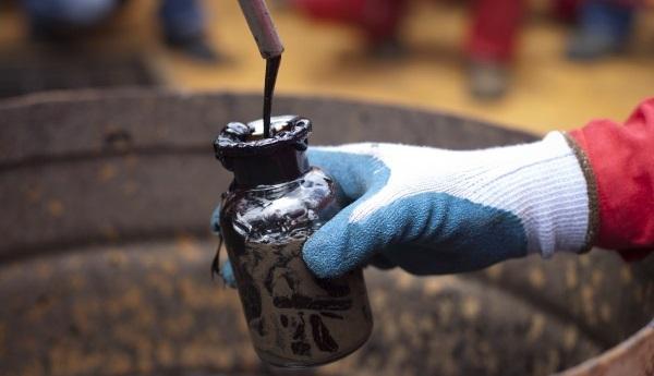 Bloomberg: Российские нефтяники заработали почти $1 млрд насанкциях США