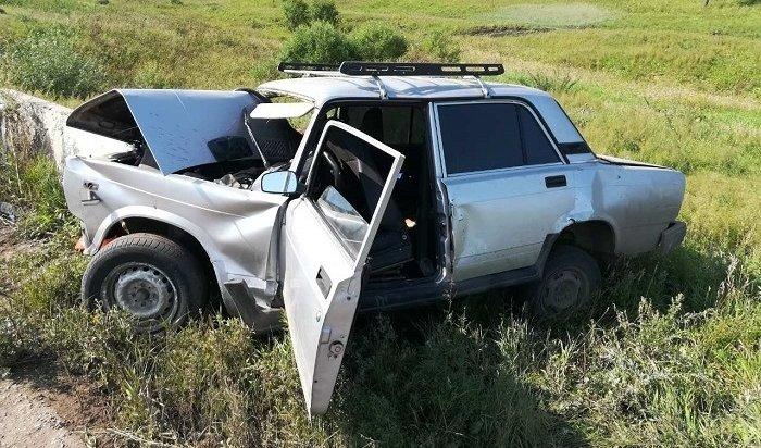 16-летний пассажир «Жигулей» погиб вДТП вЧеремховском районе