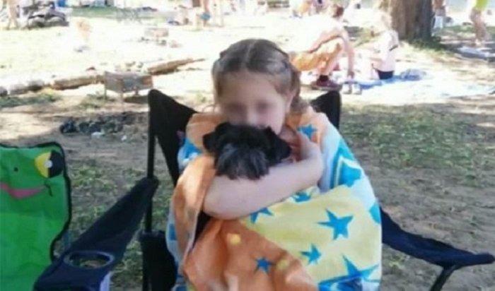 Девочка изПетербурга, пострадавшая вбассейне втурецком отеле, умерла вбольнице