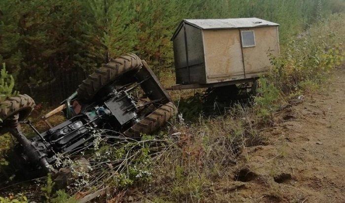 ВУсть-Илимском районе погиб водитель самодельного трактора