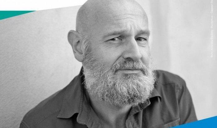 Норвежский прозаик Эрленд Луприехал вИркутск иответил навопросы писателя-сибиряка