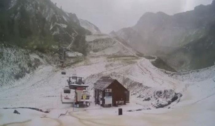 Первый снег выпал вСочи иБурятии