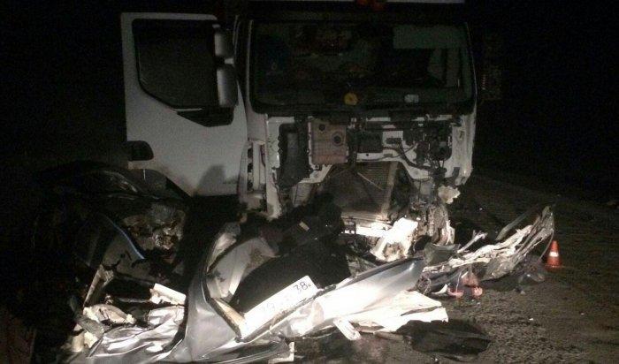 Водитель «Хонды» погиб при столкновении сфурой натрассе под Усольем