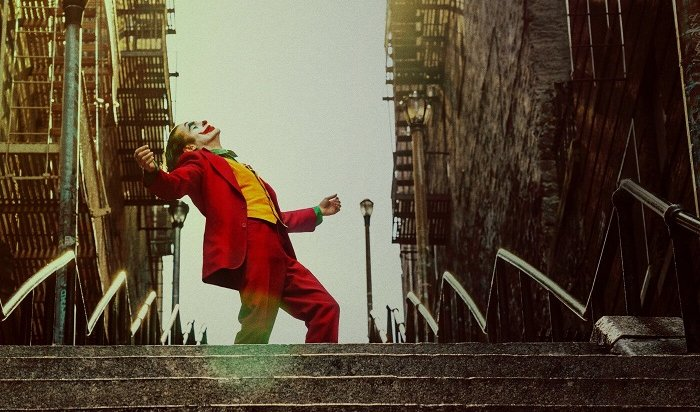 Премьера фильма «Джокер»: горестная жизнь шута. Рецензия намрачный антигеройский комикс