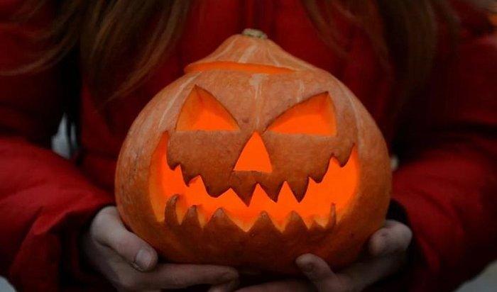 Депутат Милонов призвал защитить российских школьников отХэллоуина
