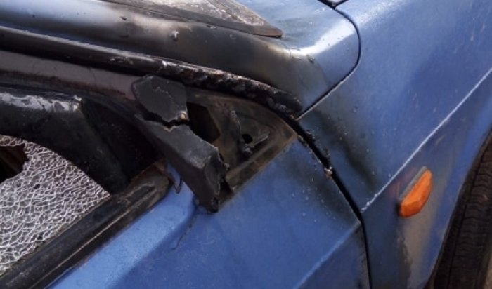 Житель Приангарья поджег автомобиль, подаренный родителями, чтобы неогорчать их