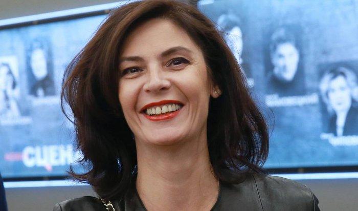 Актриса Лидия Вележева устроила дебош всамолете (Видео)