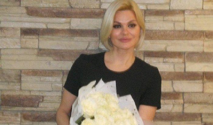 Ирина Круг призналась вИркутске, что старший сын начал писать стихи иувлекся музыкой