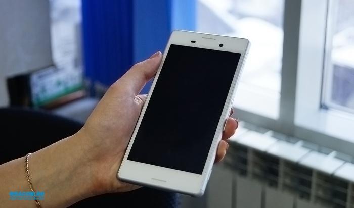 Жители Иркутска стали покупать смартфоны реже, нодороже