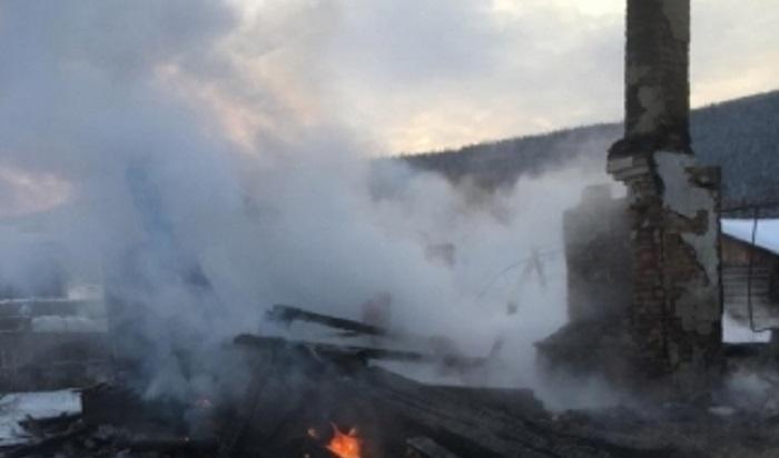Женщина ответит перед судом загибель двух детей напожаре вУсть-Кутском районе
