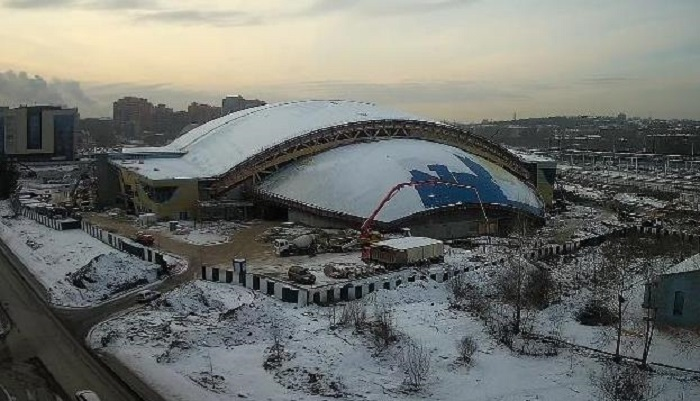 Центр похоккею смячом вИркутске планируют достроить кмарту 2020года (ОНЛАЙН-КАМЕРА)