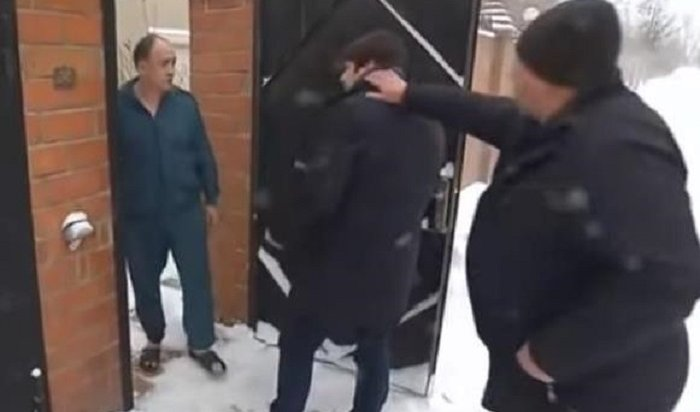 ВИркутском районе напали нажурналиста федерального телеканала (Видео)