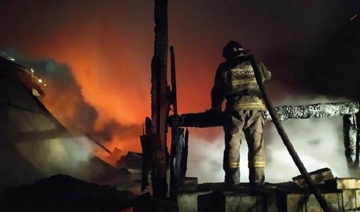 Два пожара произошли вцентре Иркутска вминувшие выходные дни (Видео)