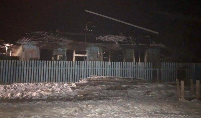 Школьник погиб напожаре вБратском районе
