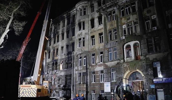 НаУкраине объявили траур после пожара водесском колледже