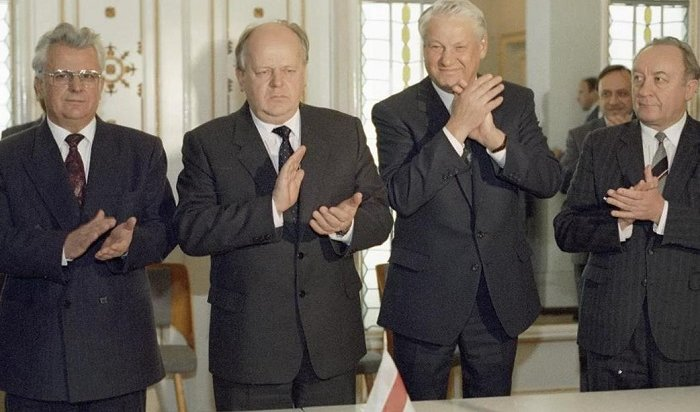 Владимир Жириновский обвинил Бориса Ельцина в«главном преступлении вистории России»