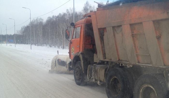 Снег надорогах Иркутской области чистят 265машин