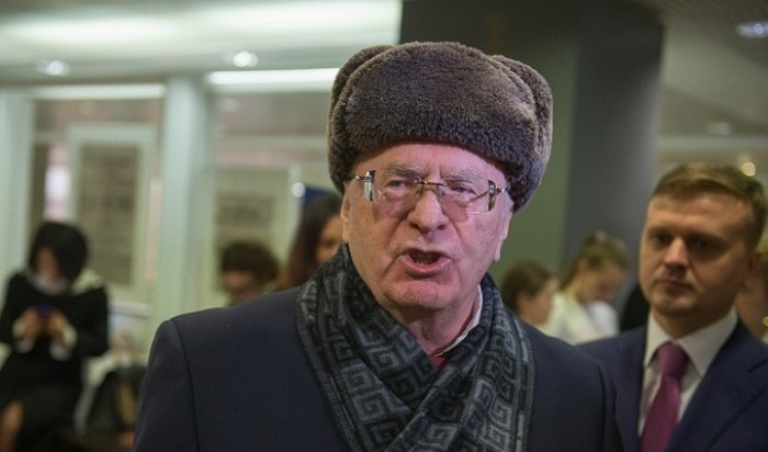 ВГосдуме РФназвали хамством поведение Жириновского наКрасной площади (Видео)