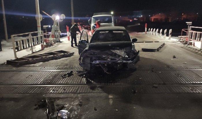 ВЧеремхово пьяный водитель протаранил ж/д переезд