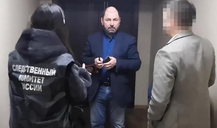 Суд отстранил Александра Шамсудинова отдолжности главы Листвянки