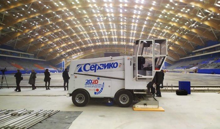 Иркутским журналистам показали изнутри Центр похоккею смячом «Байкал» (Фото+Видео)