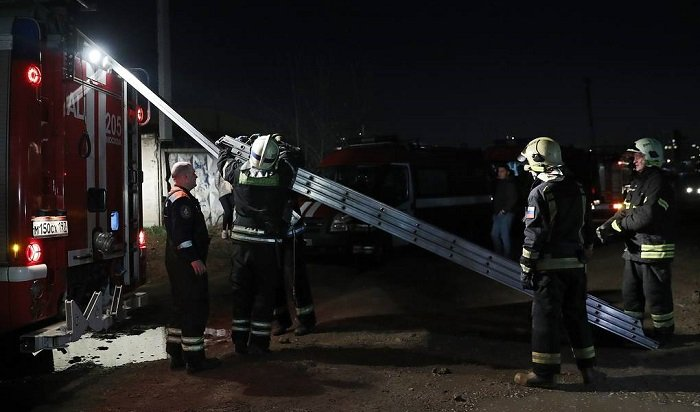ВМоскве напожаре вдоме престарелых погибли четыре человека
