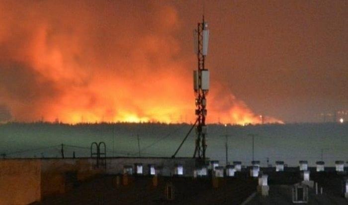 Цеха исправительной колонии №15, где устроили бунт заключенные, горят вАнгарске (Видео)