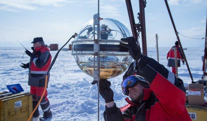 Монтаж глубоководного нейтринного телескопа, помогающего понять Вселенную, проводят наБайкале