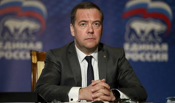 Медведев заявил околлапсе внекоторых отраслях экономики из-за коронавируса