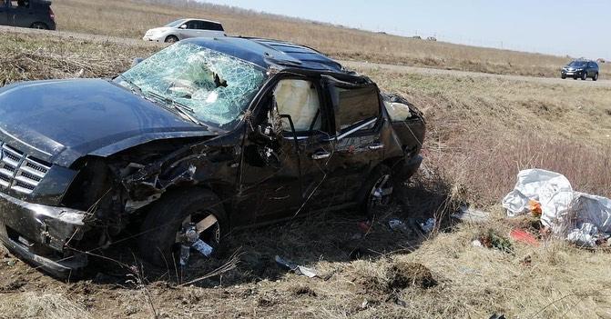 Cadillac Escalade иToyota Mark IIстолкнулись наАлександровском тракте под Иркутском