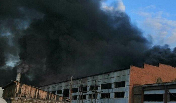 Еще один крупный пожар произошел надеревообрабатывающем предприятии вПриангарье