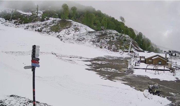 Вконце мая засыпало снегом горы Адыгеи иСочи (Фото, Видео)