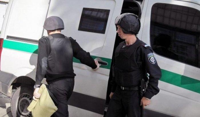 При нападении наинкассаторов вКрасноярске пострадало два человека (Видео)