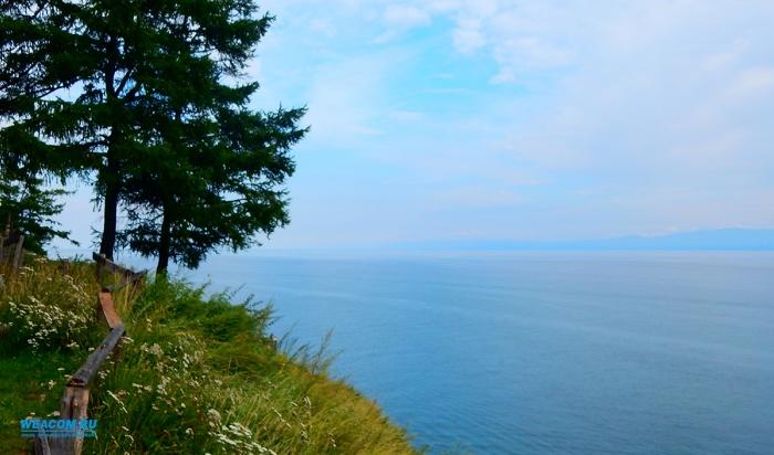 Байкал вошел вТОП-5российских направлений для отдыха летом