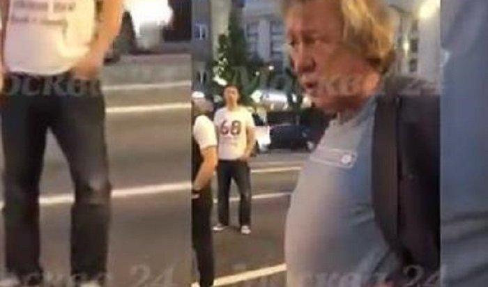 Нетрезвый Михаил Ефремов попал вДТП вцентре Москвы— пострадал один человек (Видео)