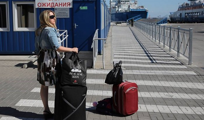 Крым начнет принимать туристов издругих регионов России с1июля