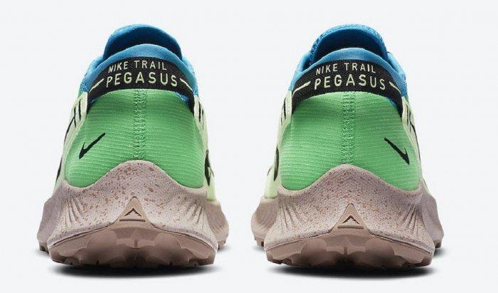 Nike выпустила кроссовки для бега побездорожью