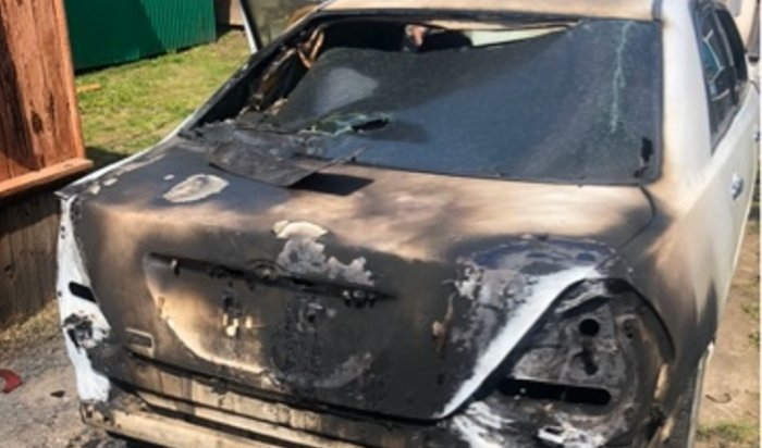 ВКуйтунском районе женщина подожгла иномарку мужа